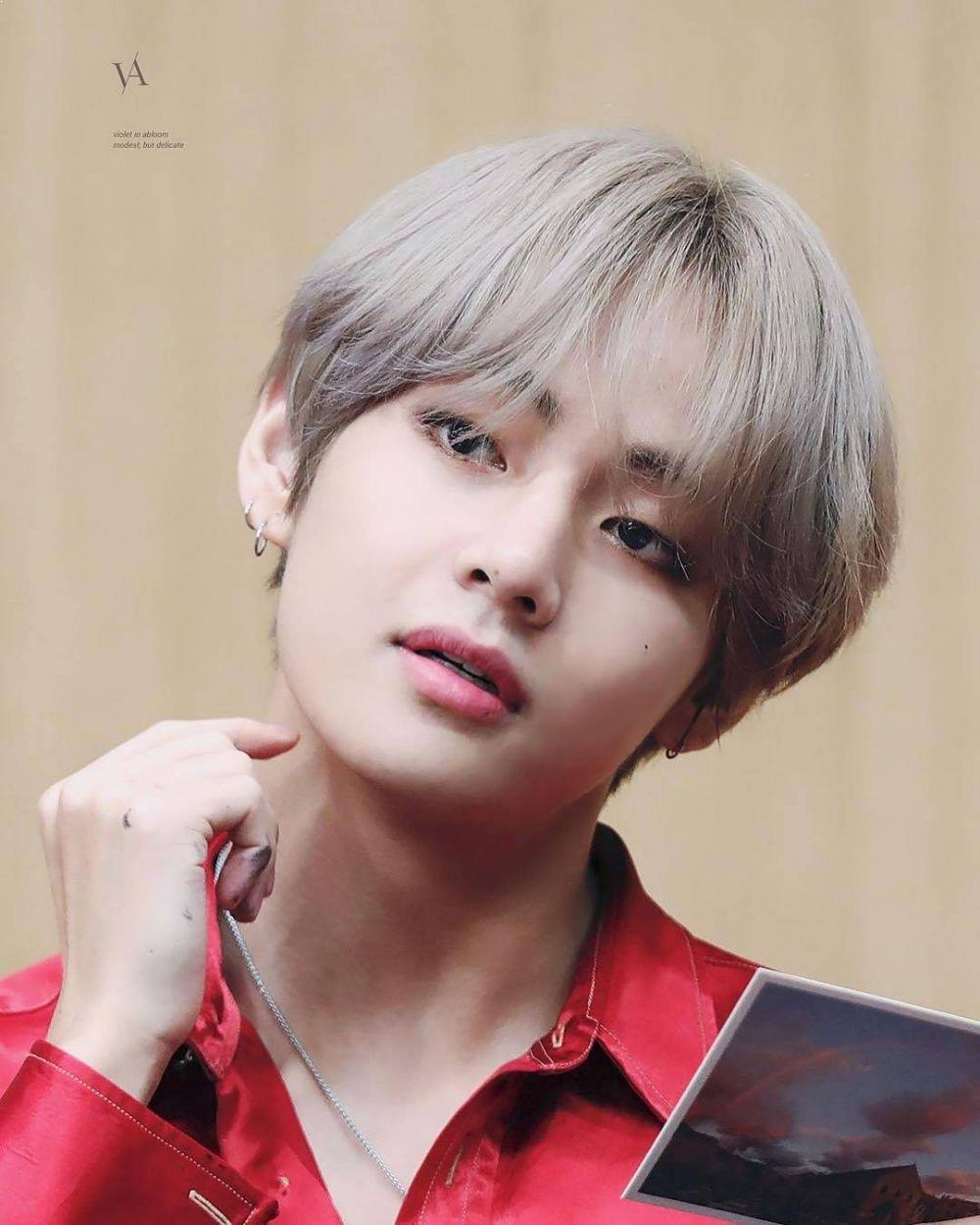 Bts V Is The Most Handsome Man Of 2018 Chingu To The World